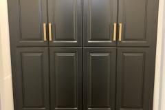 black-painted-pantry
