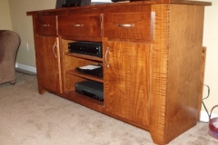 tiger_maple_tv_stand_2_20141007_1459136532