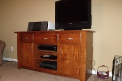 tiger_maple_tv_stand_5_20141007_1587103813
