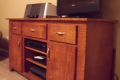 tiger_maple_tv_stand_7_20141007_1059590003
